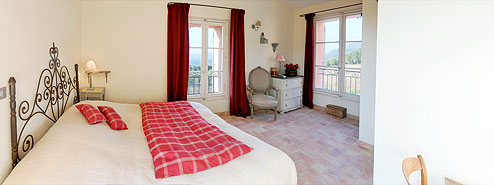 "The Mas de Cabassude: ""Cerise"" bedroom"